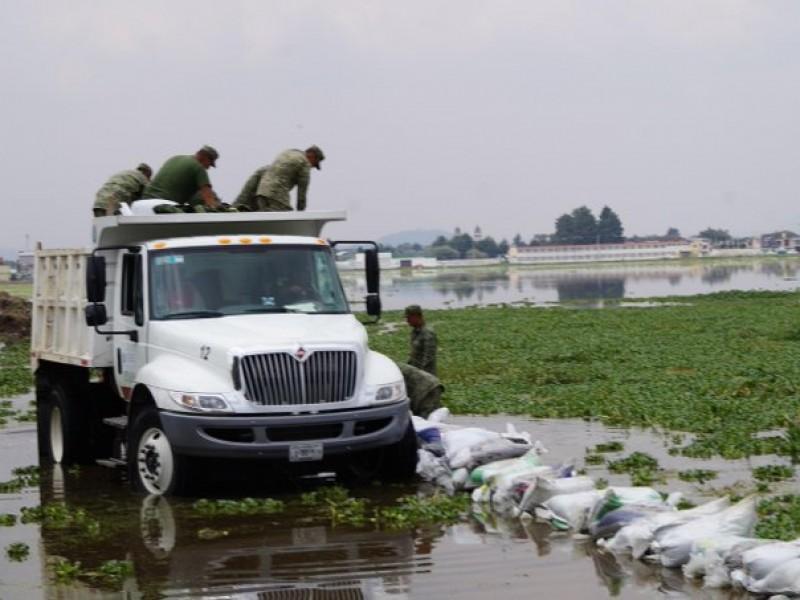 Inundaciones en Metepec, brindan apoyo a familias