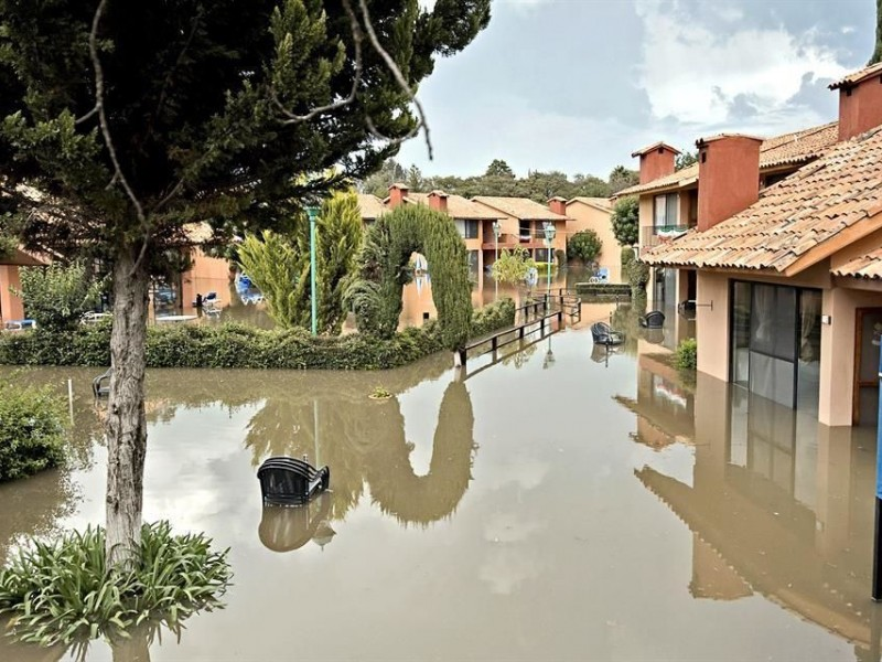 Inundaciones en Tequisquiapan afecta a 140 casas y negocios
