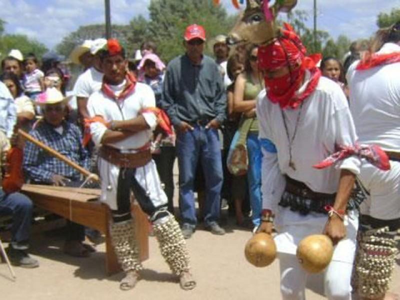 Investigan estudiantes rituales de la Tribu Yaqui