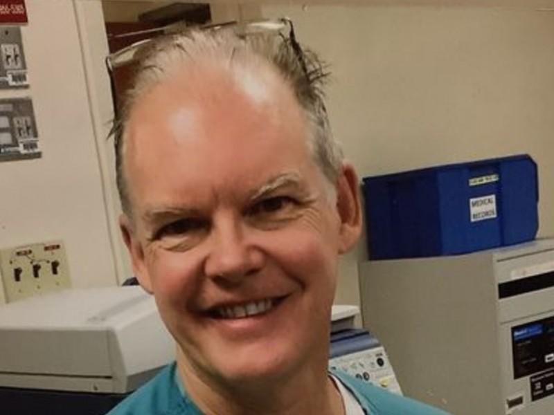 Investigan muerte de médico en Miami que recibió vacuna COVID-19