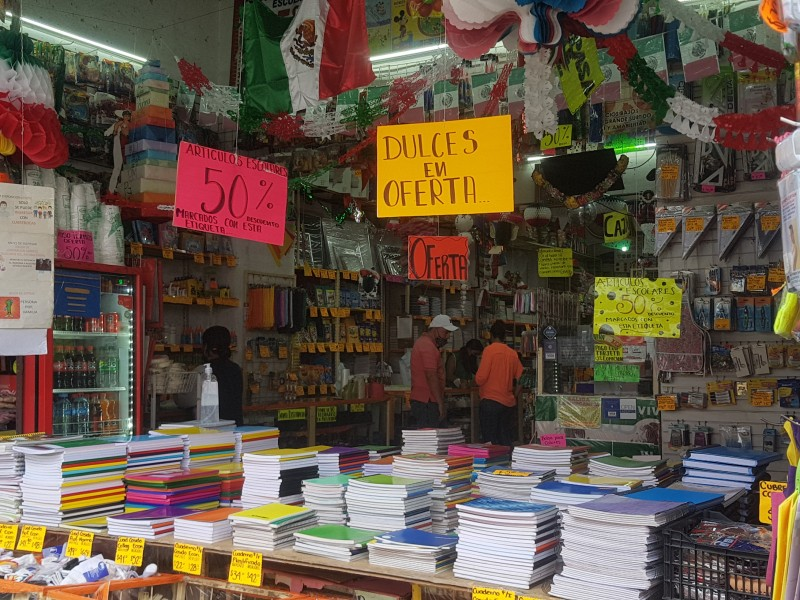 Invierten padres hasta 5 mil pesos para regreso a clases