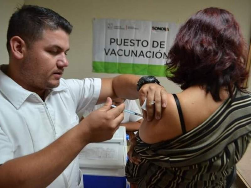 Invitan a vacunarse para reforzar sistema inmunológico ante coronavirus
