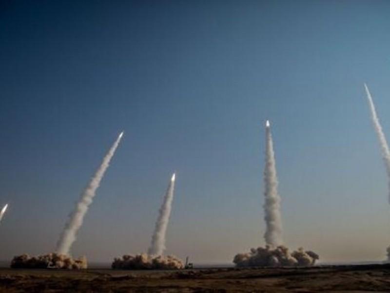 Irán demuestra su poderío con misiles y drones