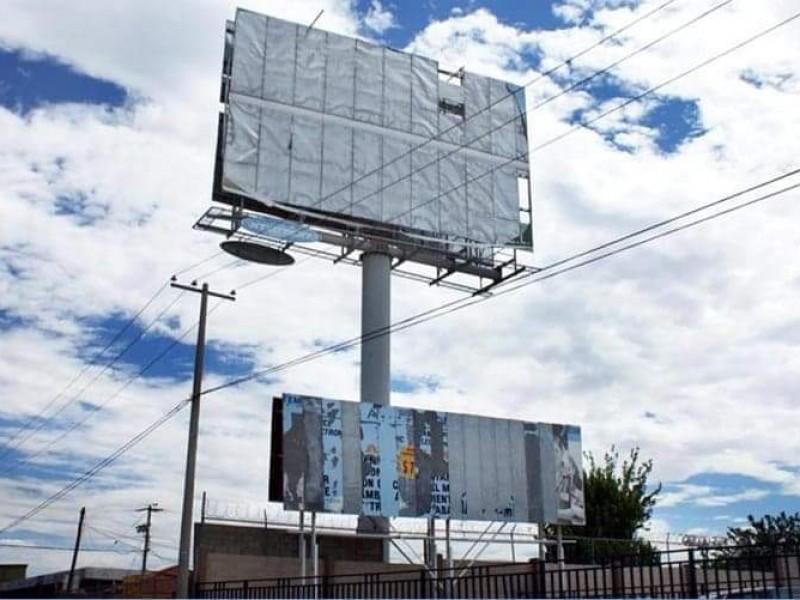 Irregulares 80% de los espectaculares publicitarios en Zamora