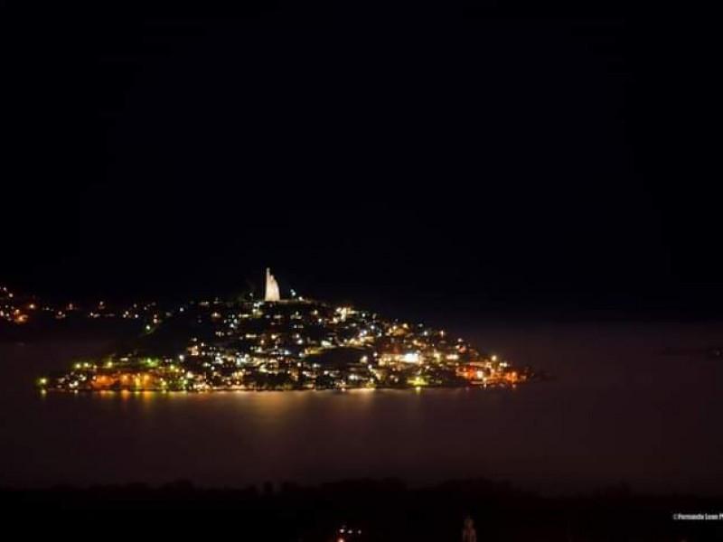 Islas de Pátzcuaro limitarán acceso a turistas durante noche deMuertos