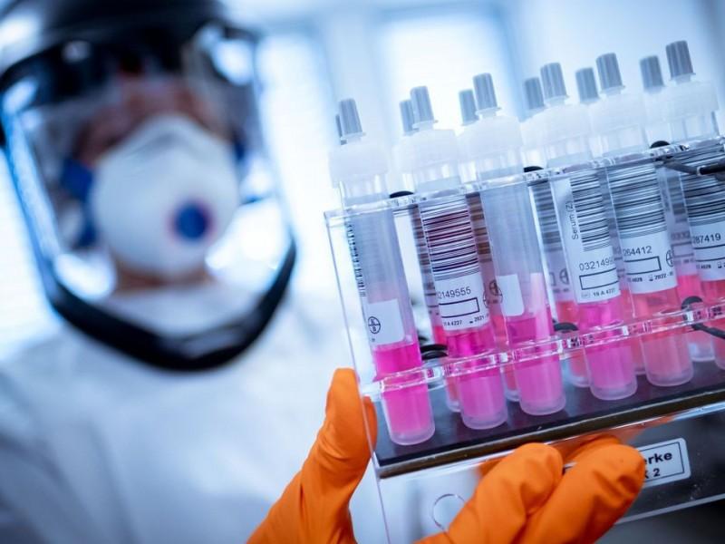 Israel arranca campaña de vacunación masiva a personal de salud