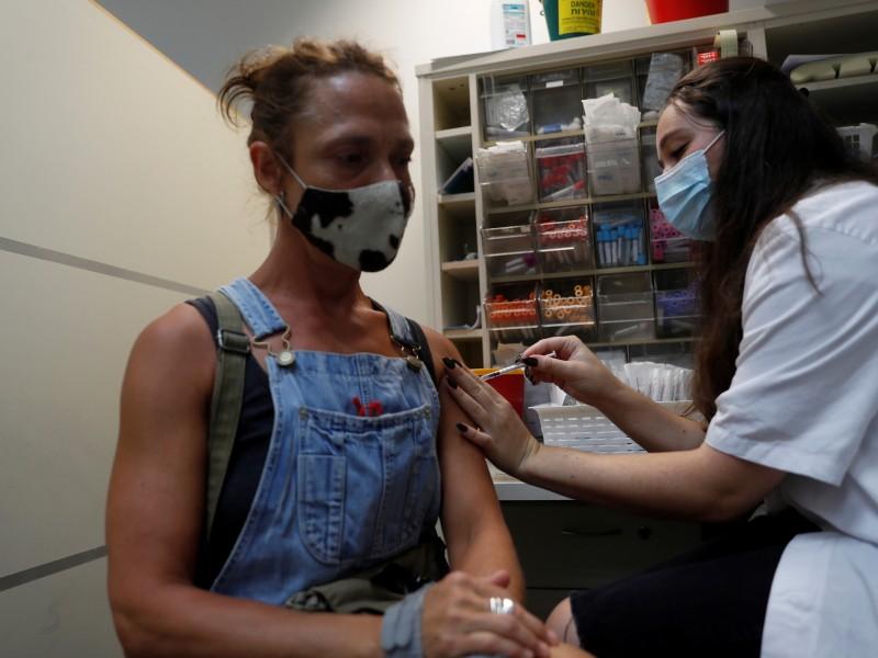 Israel autoriza tercera dosis para mayores de 30 años
