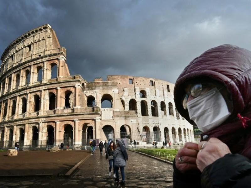 Italia registra récord de contagios diarios Covid-19