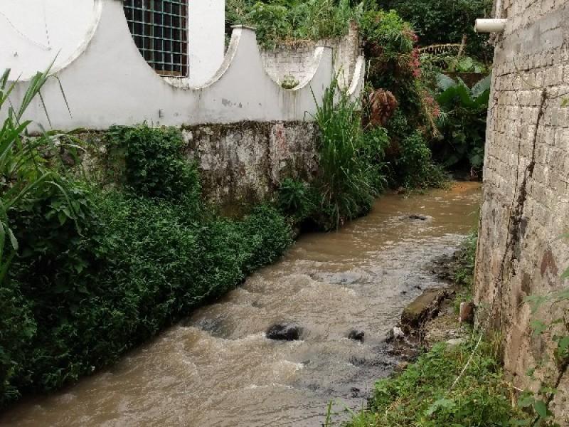 Relleno sanitario y canales contaminan a Bellavista