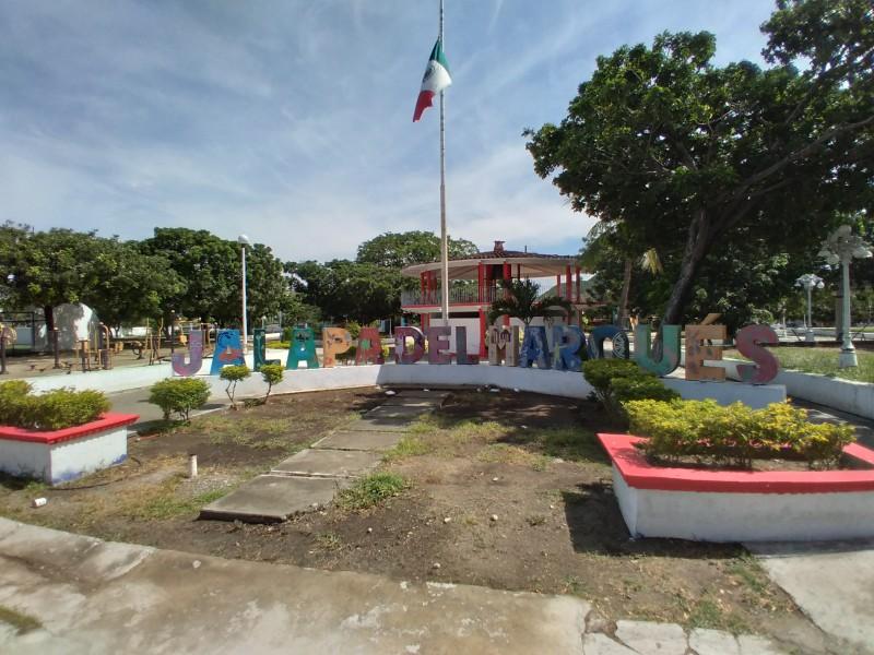 Jalapa del Marqués pasa a semáforo rojo; incrementan contagios locales