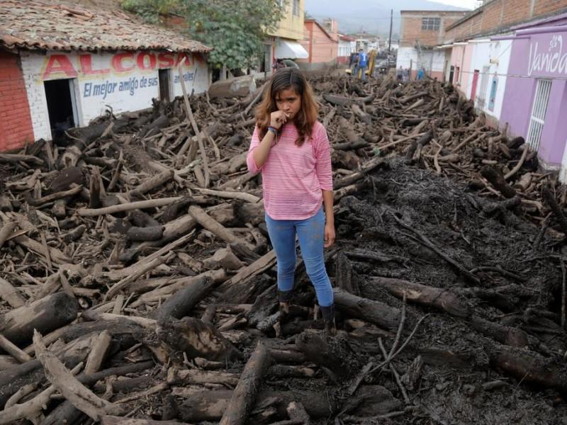 Jalisco: Buscan a desaparecidos tras desborde de río