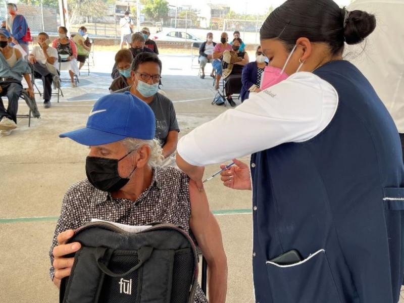 Jalisco ha vacunado al 1.69% de su población contra covid-19
