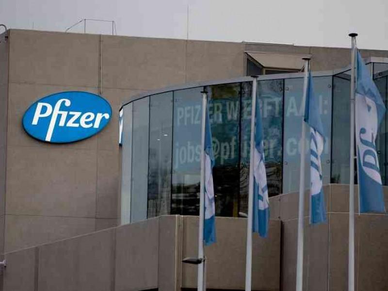 Jefe de Pfizer aclara que no retrasaron resultados de vacuna
