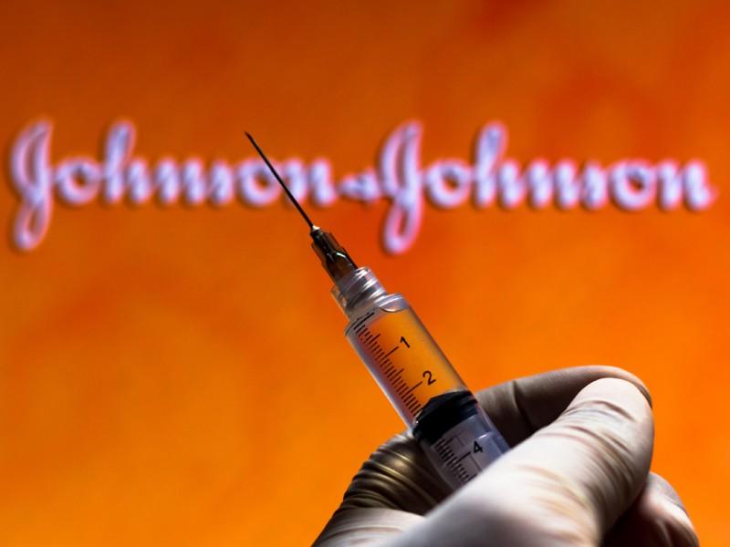 Johnson & Johnson pide a EEUU autorización de vacuna Covid-19