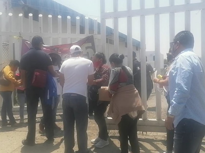 Jornada de vacunación inicia con organización en la capital poblana