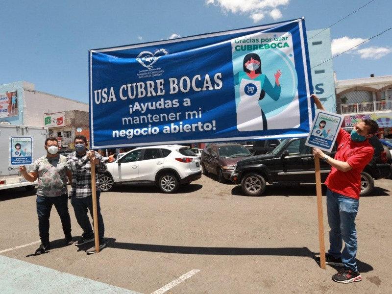 Jornada masiva de entrega de cubrebocas en la capital