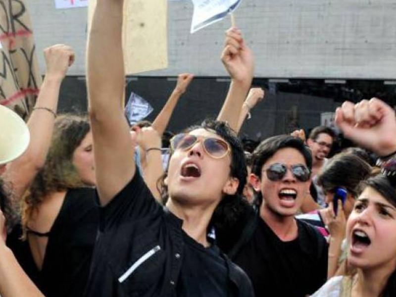 Jóvenes y política: De cara al 2021 en México