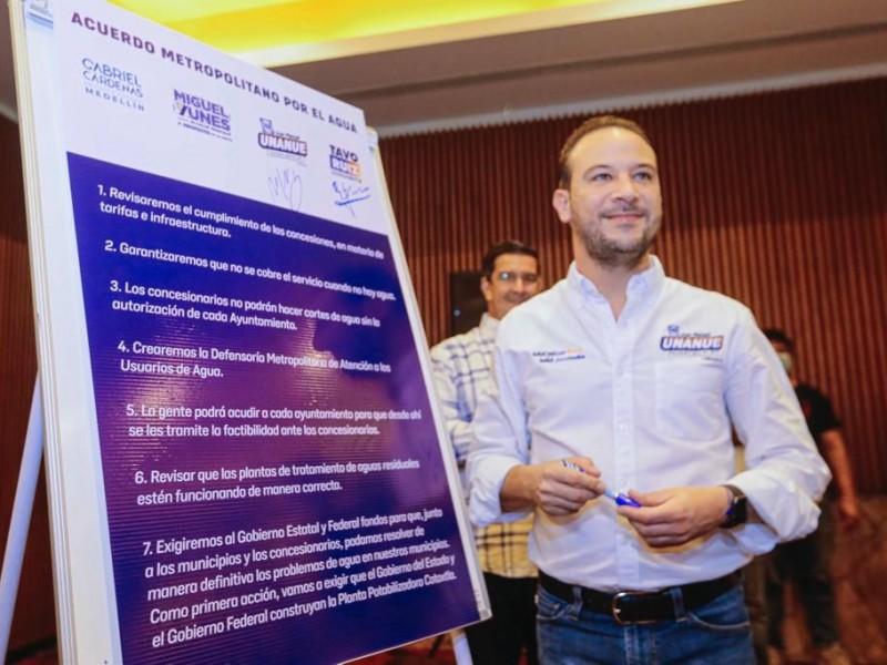 Juan Manuel Unánue busca la presidencia en Boca del Río