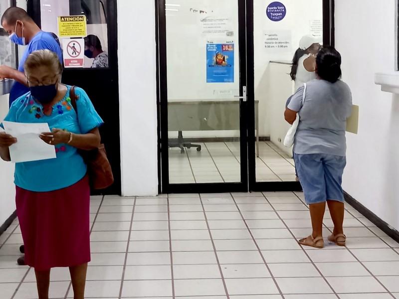 Jubilados contra medición de salarios por UMA
