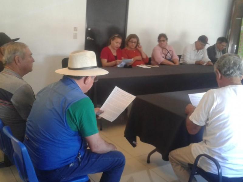 Jubilados del CNTE piden pensiones dignas