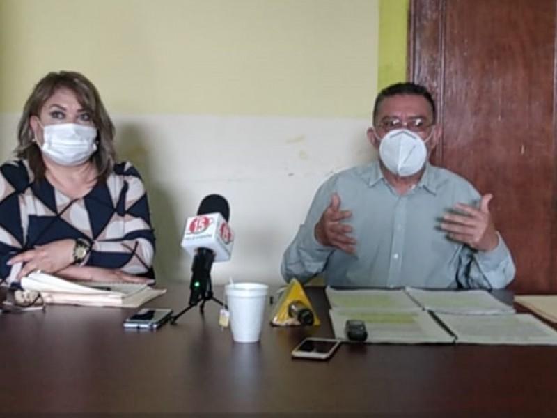 Jubilados y pensionados del Issstezac presentan oficio por irregularidades