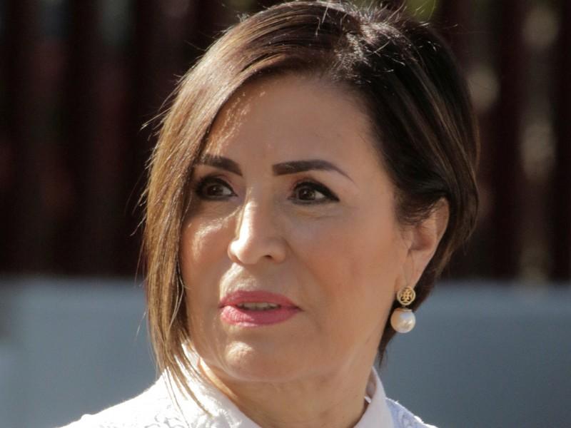 Juez concede amparo a Rosario Robles