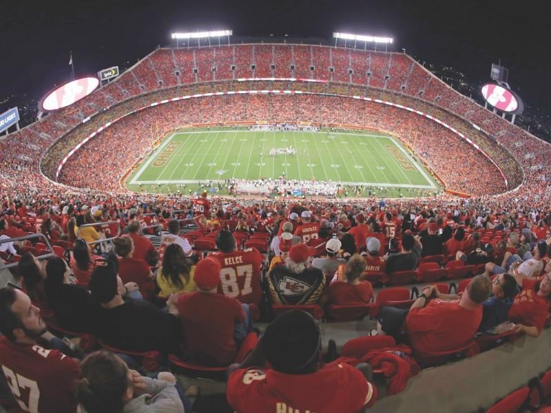 Kansas City planea temporada con aficionados