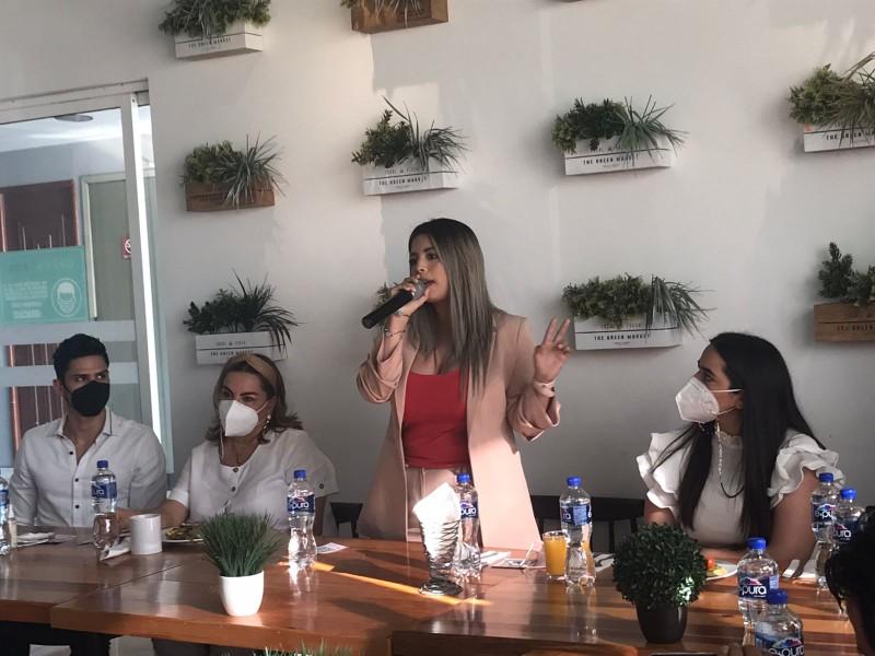 Katya Ortiz va por alcaldía de Boca del Río
