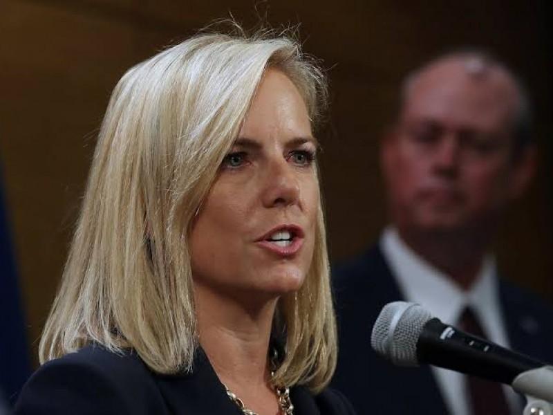 Kirstjen Nielsen culpa al Congreso de crisis migratoria