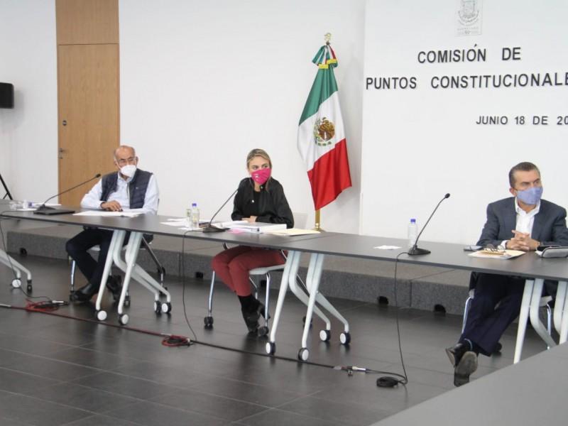 La Comisión de Puntos Constitucionales aprobó diversos dictámenes