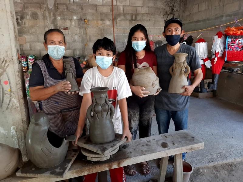 La familia Ruiz, los últimos artesanos alfareros en Tehuantepec