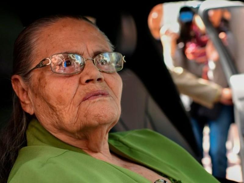 La mamá del Chapo Guzmán, de 93 años, tiene Covid-19