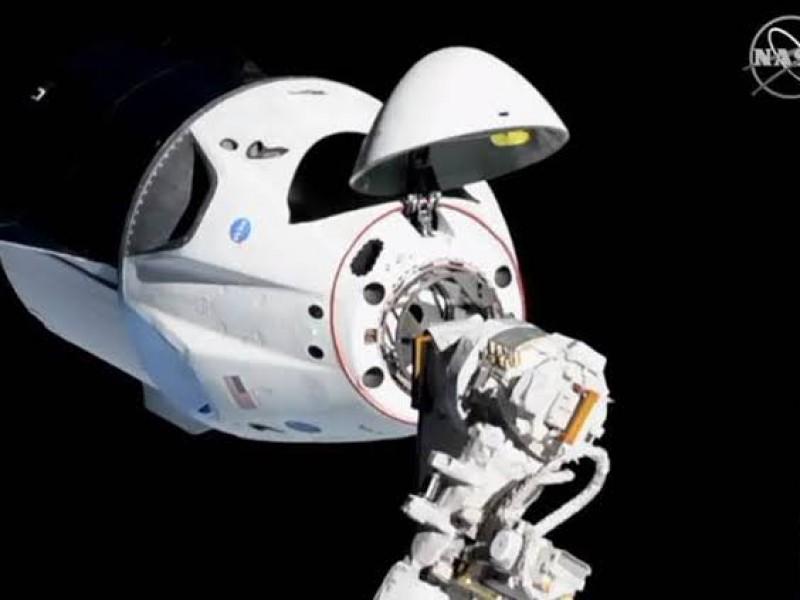 La nave de SpaceX se acopla a Estación Espacial Internacional
