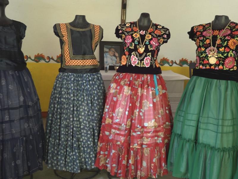 """""""La Rabona"""", pieza de vestir característica de la mujer istmeña"""