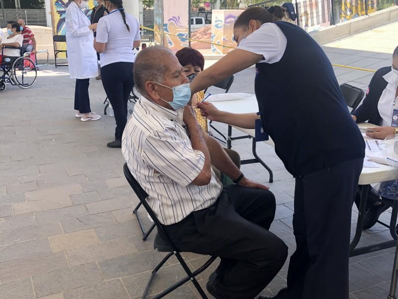 Inicia vacunación en 5 municipios más