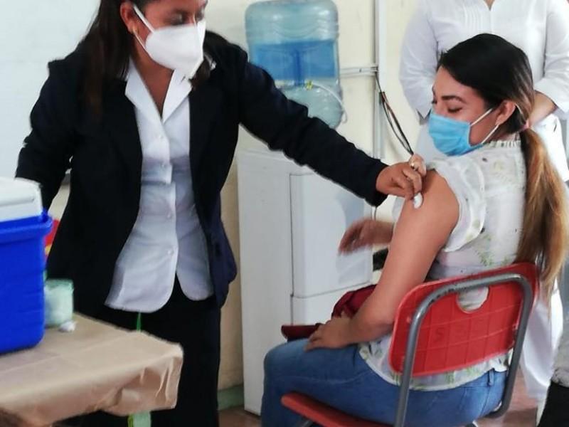 La vacunación a docentes en Campeche finalizará el martes