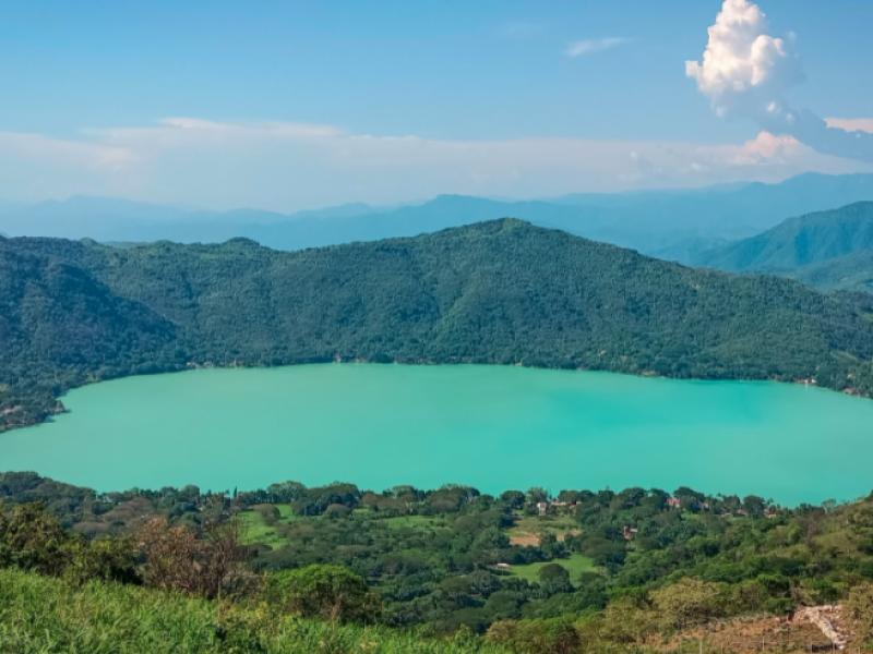 Laguna de Santa María del Oro recupera su color turquesa