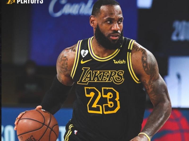 Lakers empató la serie con Houston en los Playoff