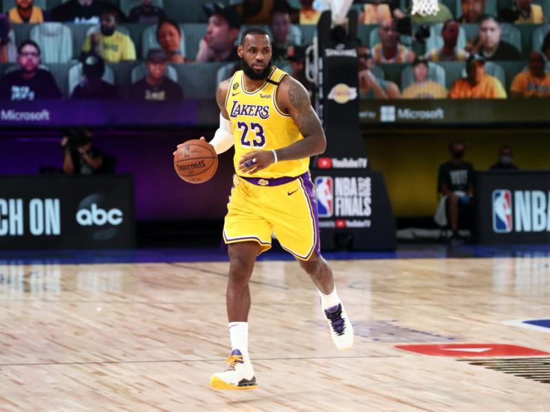 Lakers se pone 1-0 en Las Finales de la NBA
