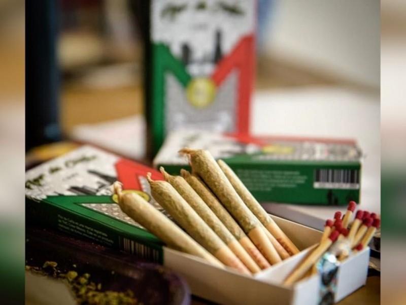 Lanzan cajetilla de cigarros de marihuana en México
