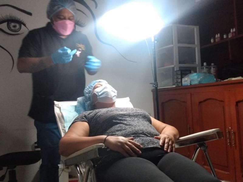 Lanzan campaña Cejas con Causa: Pigmentación Oncológica
