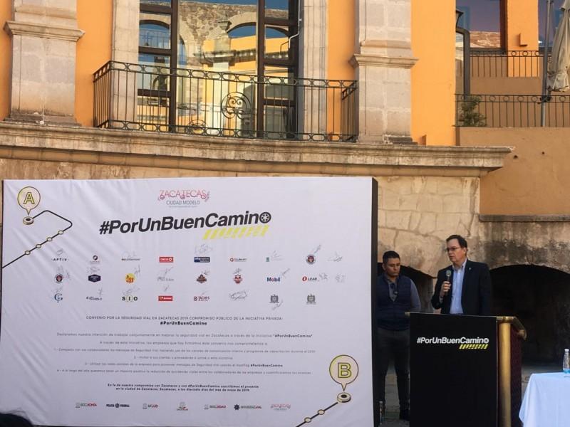 Lanzan campaña #Porunbuencamino