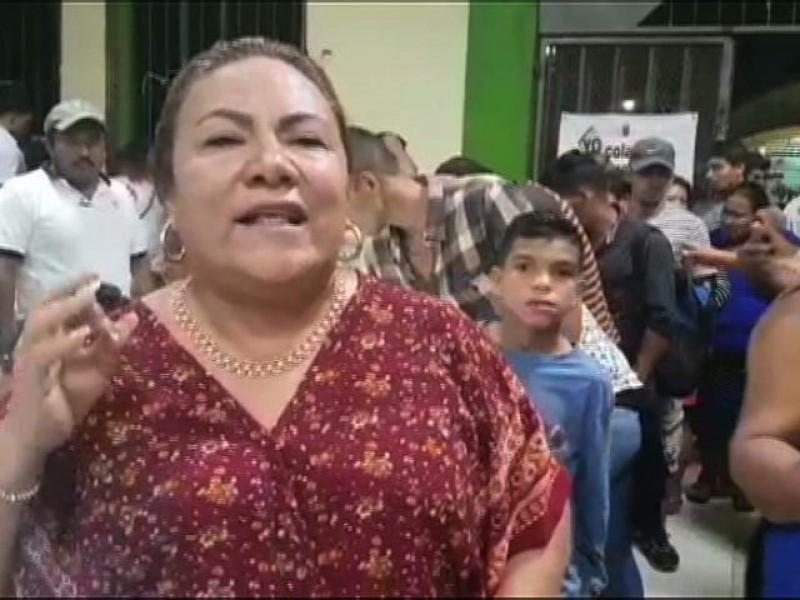 Larga noche en albergue para migrantes en Suchiate