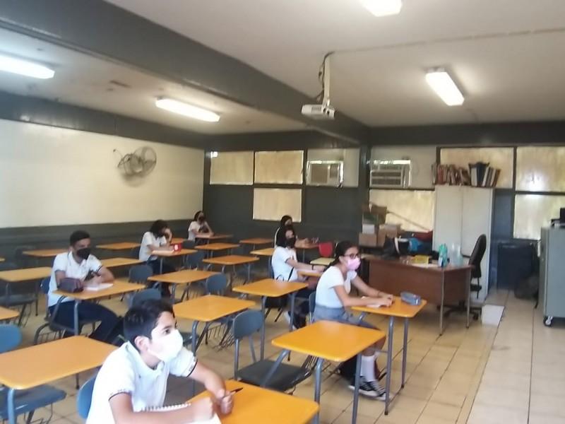 Las escuelas reabren sus puertas