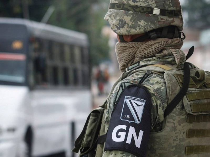 Guardia Nacional detiene a sujeto con $800 mil pesos