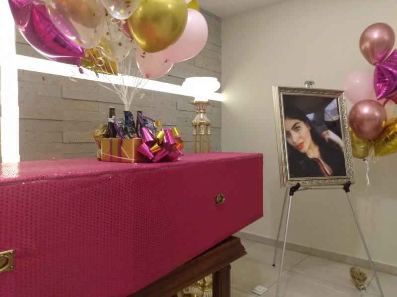 Le dicen adiós a Fernanda, inician servicios funerarios