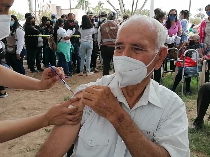 Lenta la vacunación en Bácum