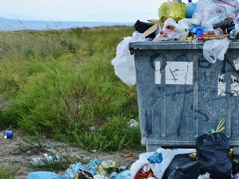 Ley para reducir uso de plástico estará aprobada en febrero