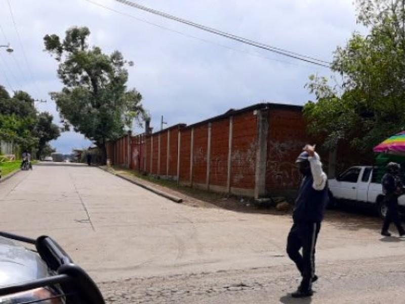 Liberan bloqueo carretero en la Uruapan-San Juan Nuevo