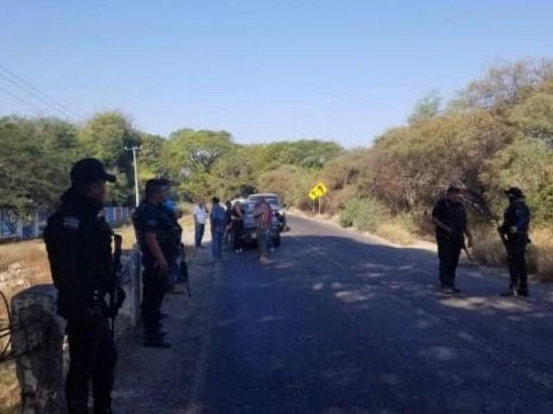 Liberan tramos carreteros en Tierra Caliente